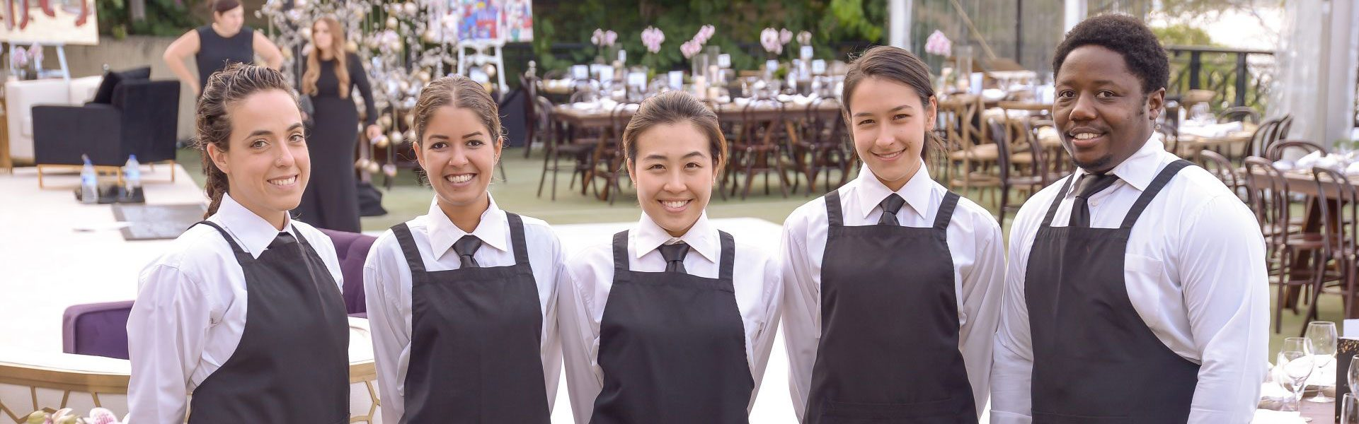 Comestibles competent catering team